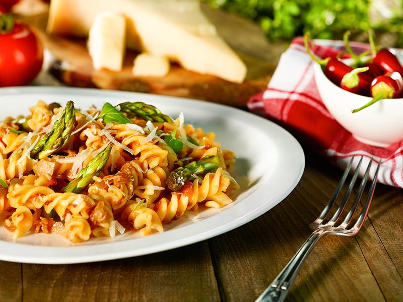Malma Fusili con asparagi e pancetta